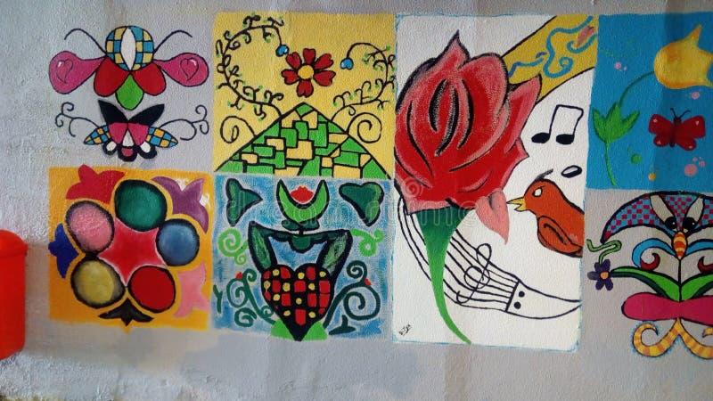 Peintures par des enfants images stock