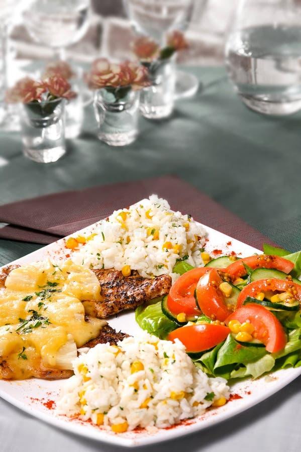 Galinha grelhada com arroz foto de stock royalty free