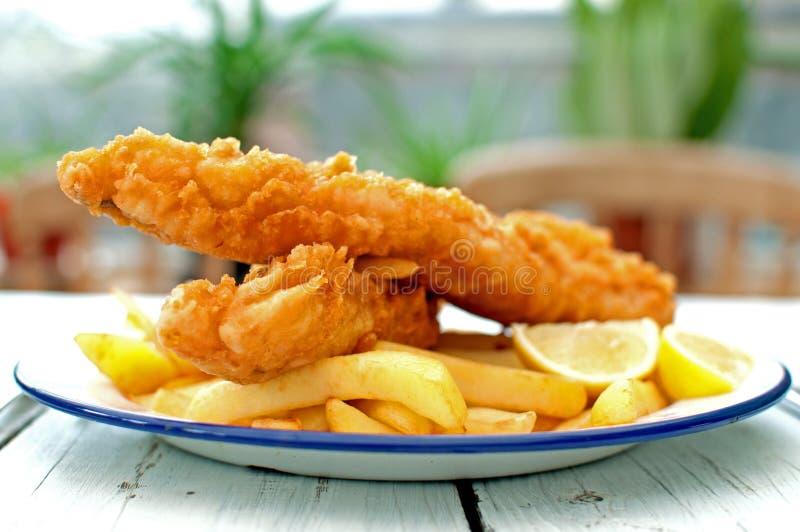 Peixe com batatas fritas fotos de stock