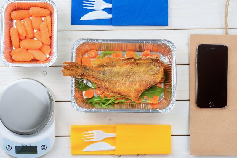 Peixes e cenouras de bebê foto de stock
