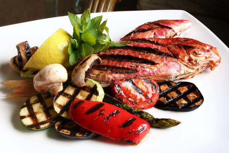 Peixes e vegetal foto de stock royalty free