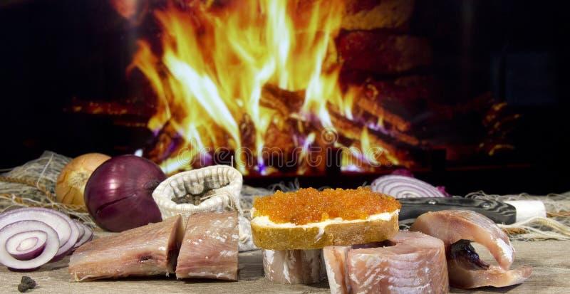 Peixes salgados cozinhados ap?s a captura fotos de stock royalty free