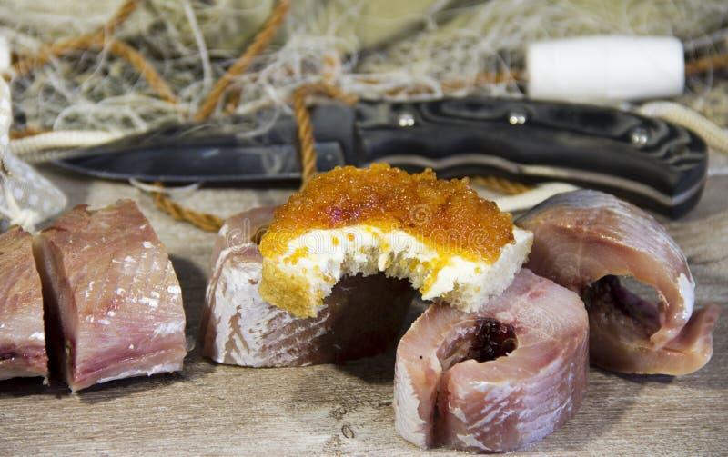 Peixes salgados cozinhados ap?s a captura fotos de stock