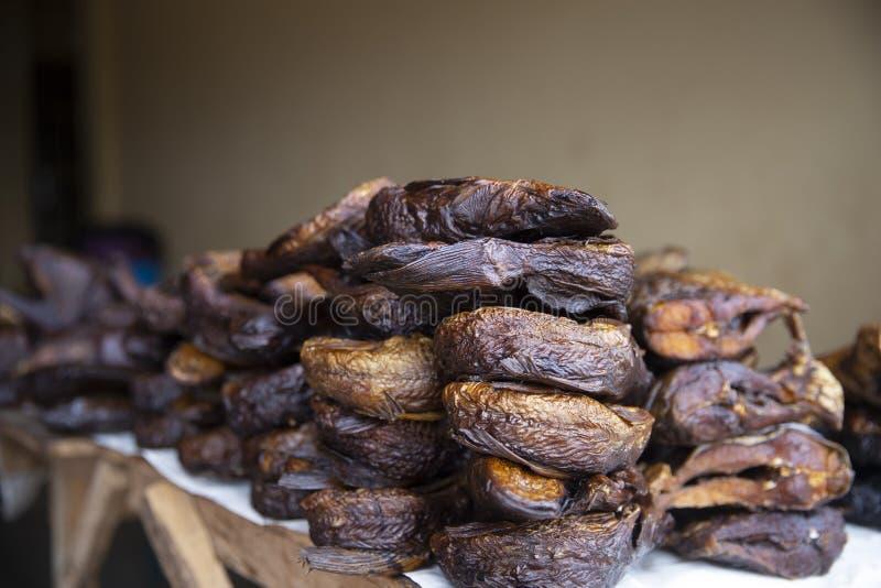 Peixes secados do mercado de Gana fotos de stock royalty free