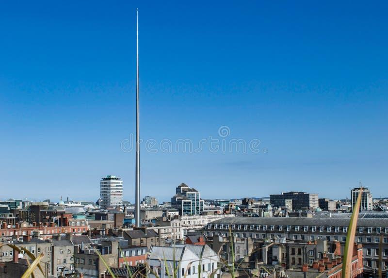 Pejzaż miejski Dublin, Irlandia od powietrza z Dublin iglicą, obraz royalty free