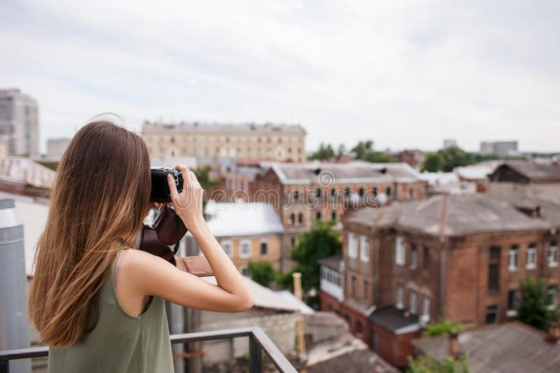 Pejzaż miejski kobiety photoshoot dachu pojęcie obrazy royalty free