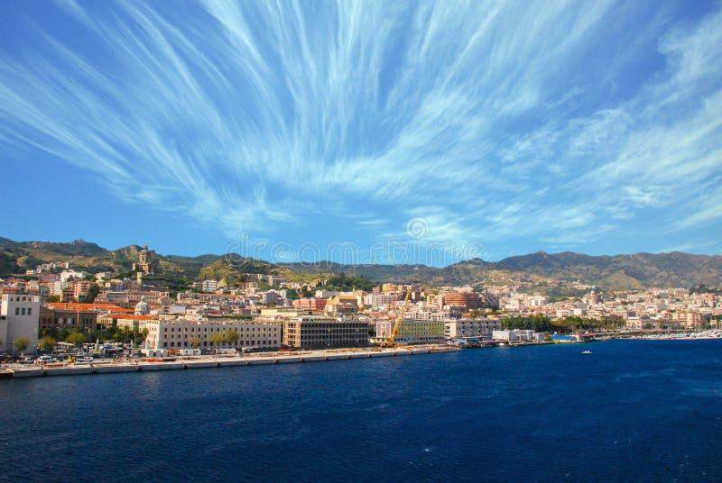 Pejzaż miejski Messina, Sicily, Włochy zdjęcia royalty free