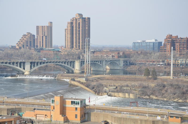 Pejzaż miejski Minneapolis Minnestoa obrazy stock