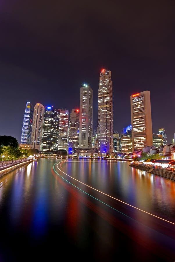 pejzaż miejski noc Singapore obrazy stock