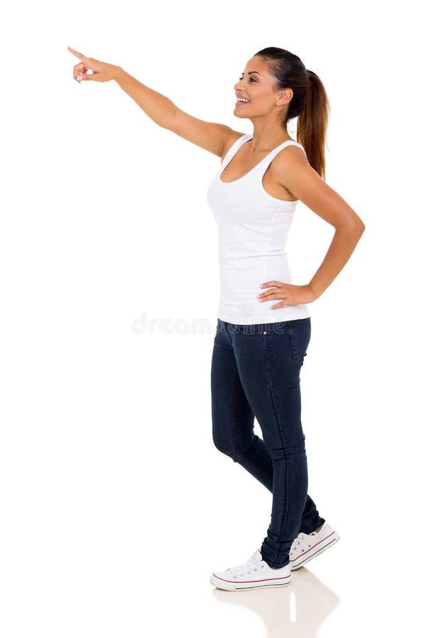 Peka för kvinna för sidosikt royaltyfri bild