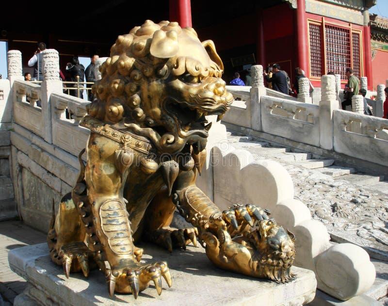 Pekin/Kina - traditionellt kinesiskt lejon arkivfoto
