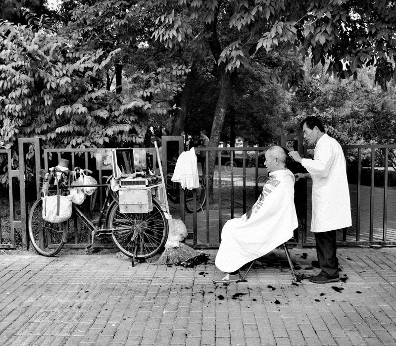 Peking-Straße Barber Bike lizenzfreie stockfotografie