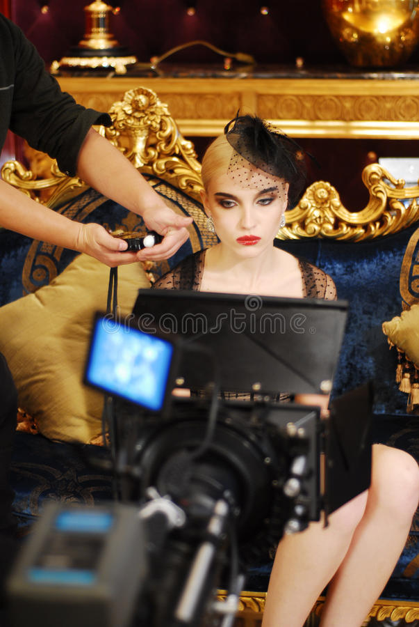 Película del shooting de Camerman con la muchacha fotos de archivo