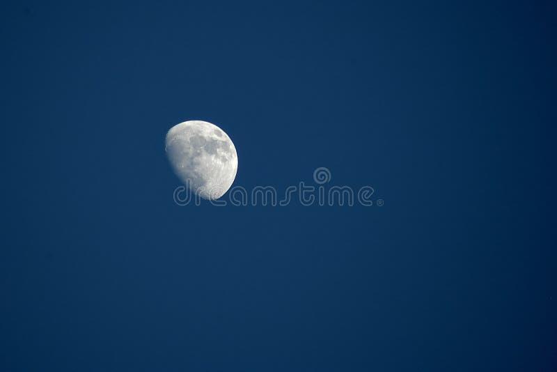 Pela Lua Do Dia Imagem de Stock