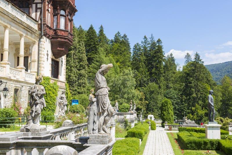 Peles城堡庭院 免版税库存图片