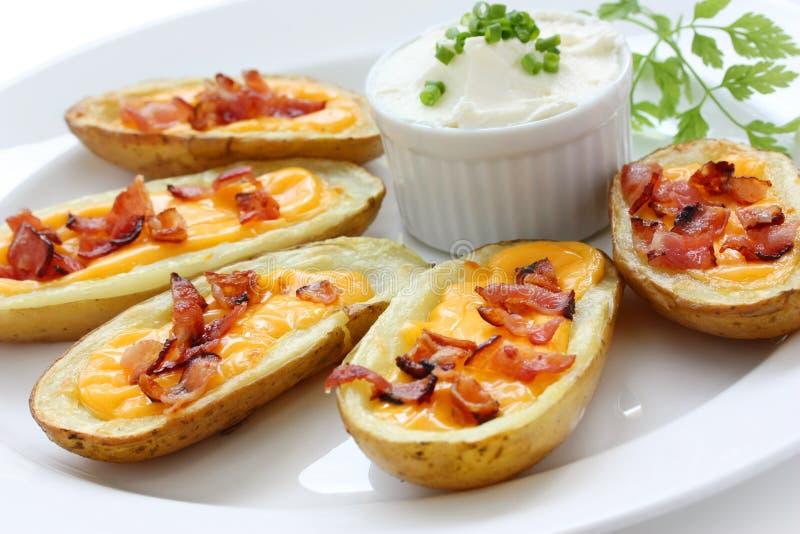 Peles de batata, aperitivo fotografia de stock royalty free