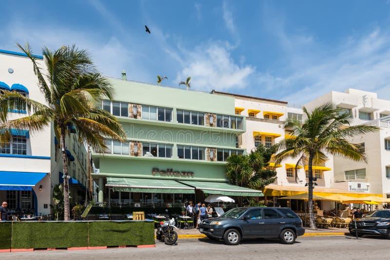 Pelikan-Hotel, Ozean-Antrieb, S?dmiami beach, Florida, USA stockbild