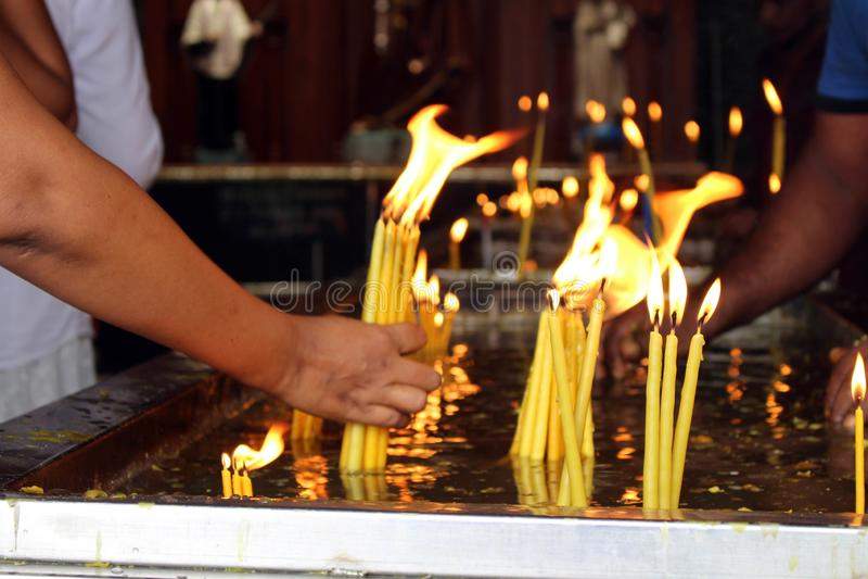 Pellegrini del san Anthony Shrine a Colombo immagini stock