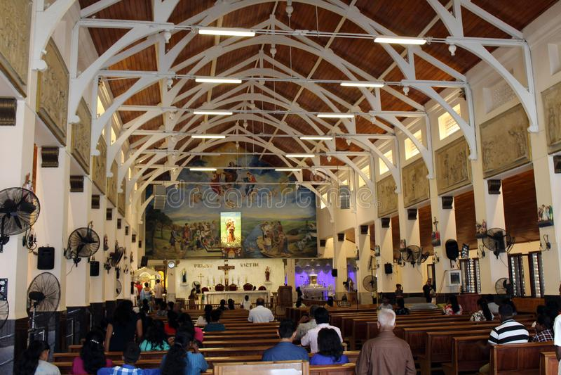 Pellegrini del san Anthony Shrine a Colombo fotografia stock