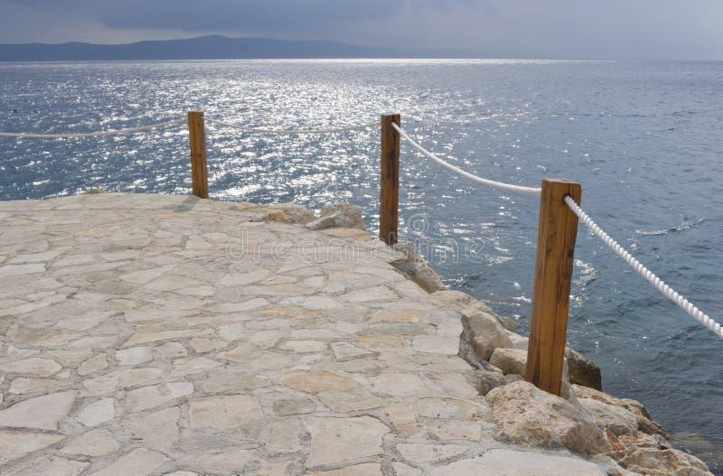 Download Pelo mar de adriático foto de stock. Imagem de outdoor - 16869950