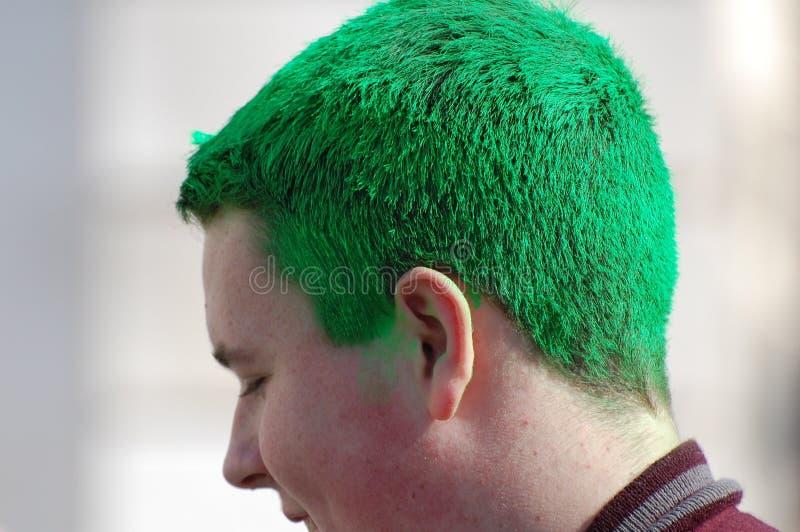 Pelo verde en el desfile del día del St. Patrick de Nueva York imágenes de archivo libres de regalías