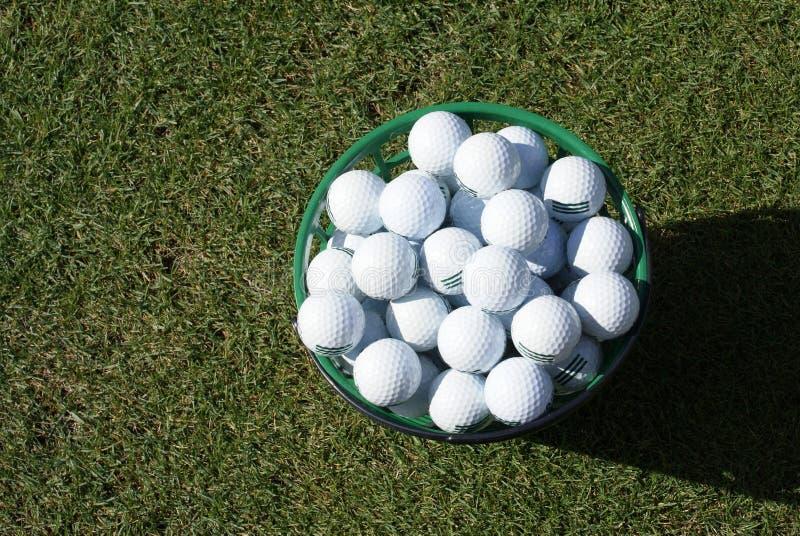 Pelotas de golf de la práctica fotografía de archivo libre de regalías