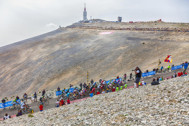 Download The Peloton On Mont Ventoux Editorial Stock Image - Image: 32285514
