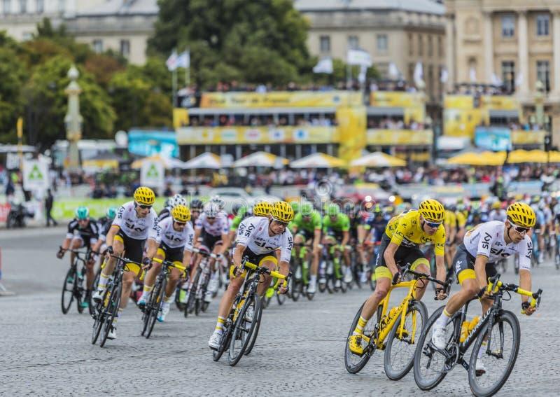 Peloton in Parijs - Ronde van Frankrijk 2017 stock fotografie