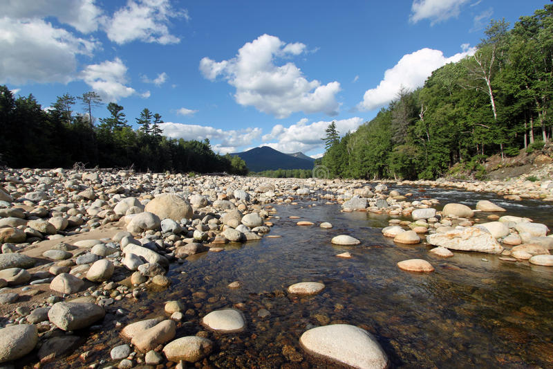 Pemigewasset-Fluss lizenzfreie stockfotografie