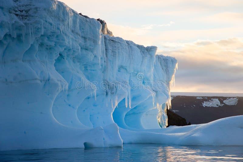 Península Antartica do la do en de Tempanos imagem de stock royalty free