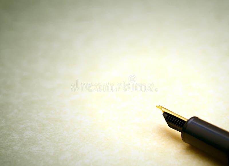 Pen en document royalty-vrije stock afbeeldingen