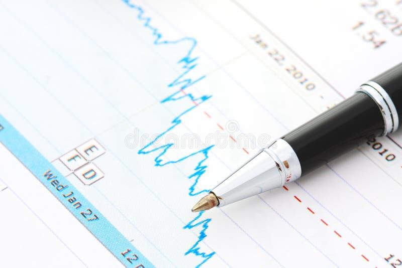 Pen en grafiek royalty-vrije stock afbeeldingen