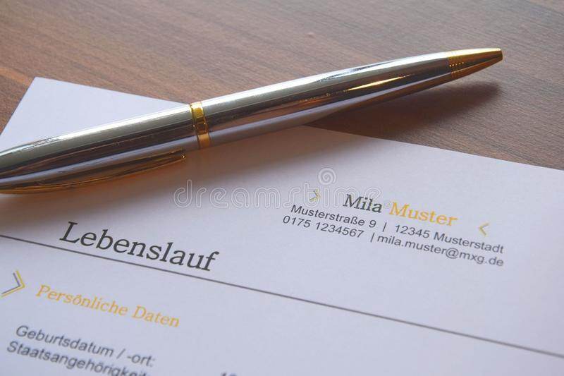 Pen on a German business document