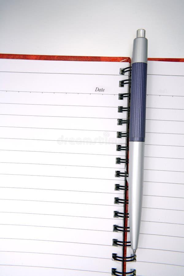 Pen op open dagboek royalty-vrije stock foto's