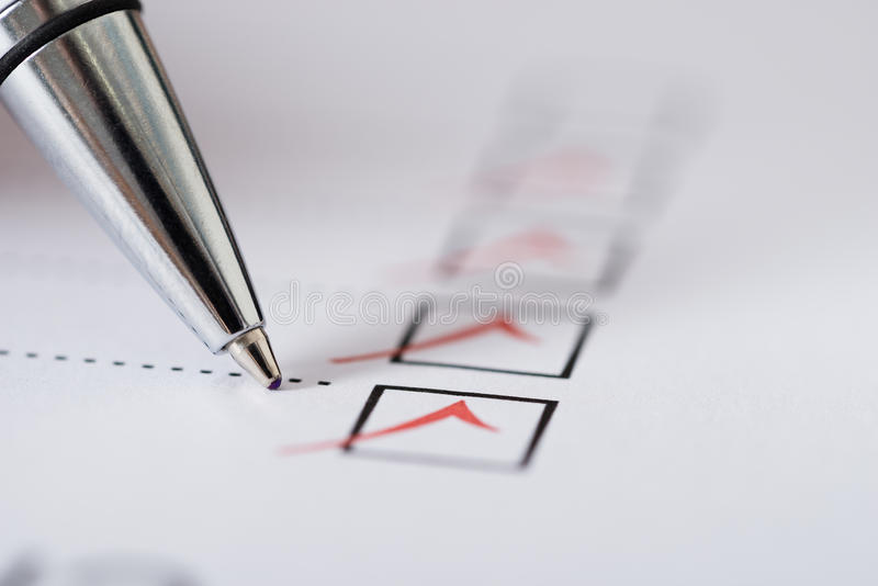 Pen Over Filled Checkboxes photographie stock