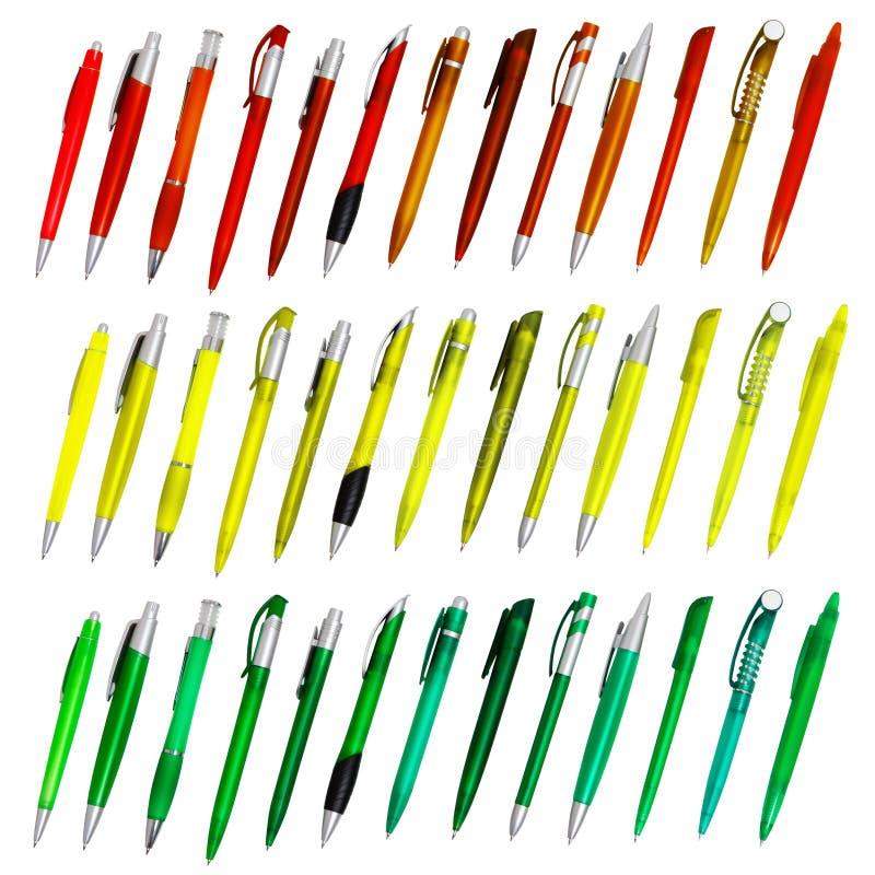 Penas de ballpoint isoladas coloridas ilustração royalty free