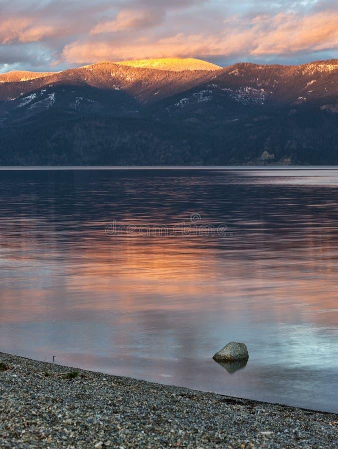 Pend Oreille sjö i norr Idaho royaltyfri bild