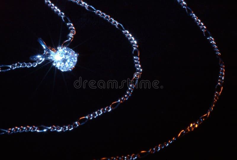 Download Pendente del diamante fotografia stock. Immagine di presente - 207986