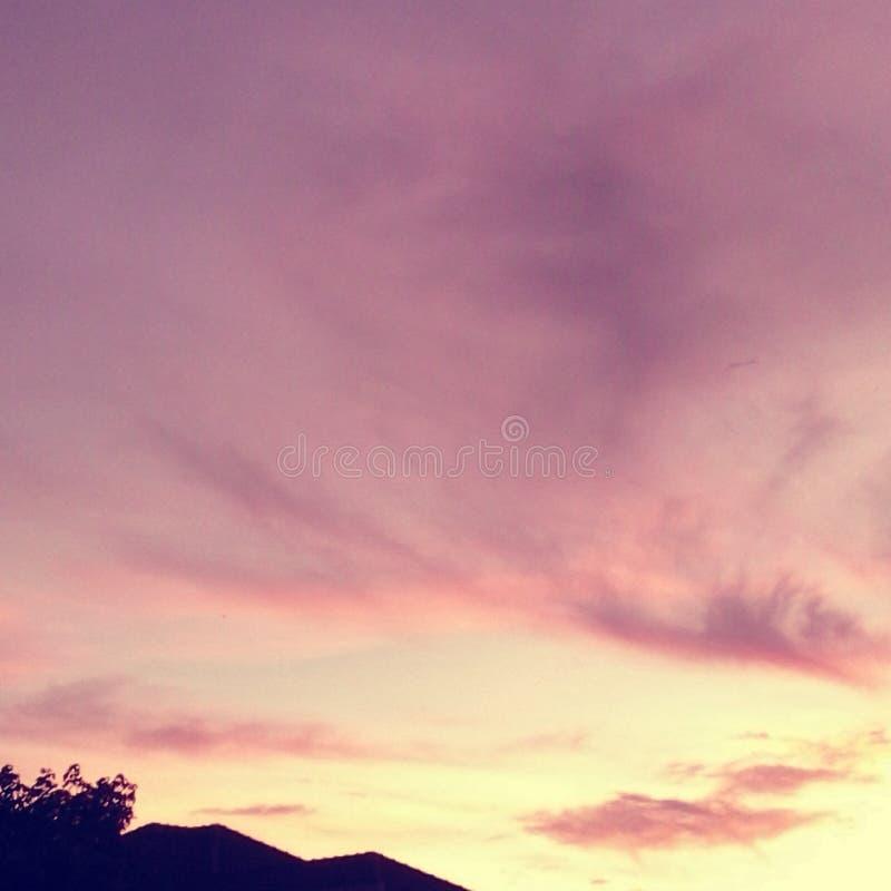 Pendenze del cielo immagini stock libere da diritti
