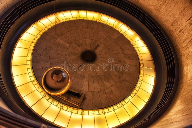 Pendolo di Foucault a Griffith Observatory - Los Angeles, Califor fotografia stock