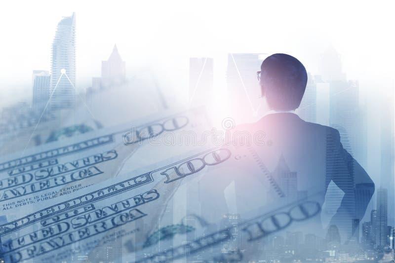 Pengar för åtskilliga exponeringar för affärsvision framtida arkivfoto