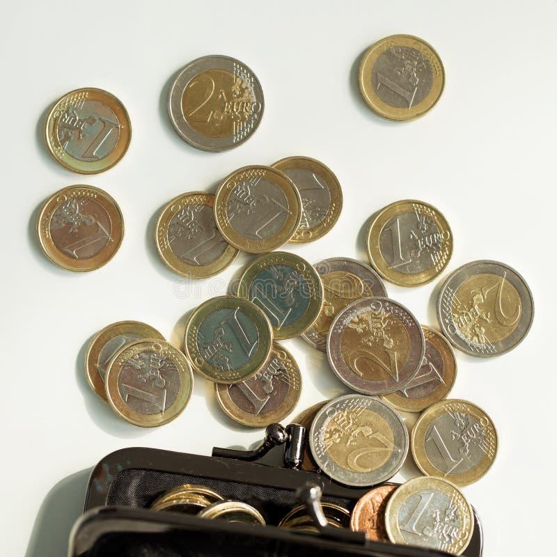 Pengar finanser coins euro arkivfoto
