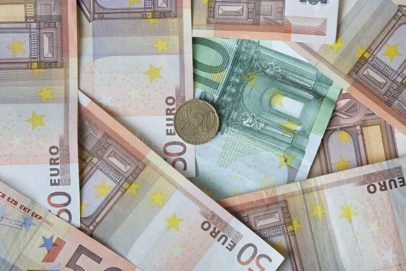 Download Pengarbakgrund med myntet arkivfoto. Bild av europeiskt - 78731960