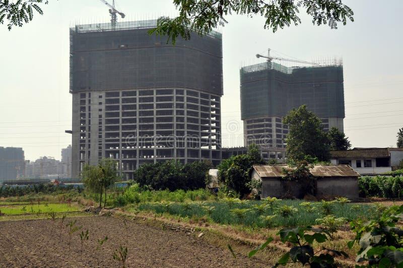 pengzhou för lantgård för lägenhetbldgsporslin ny arkivfoton