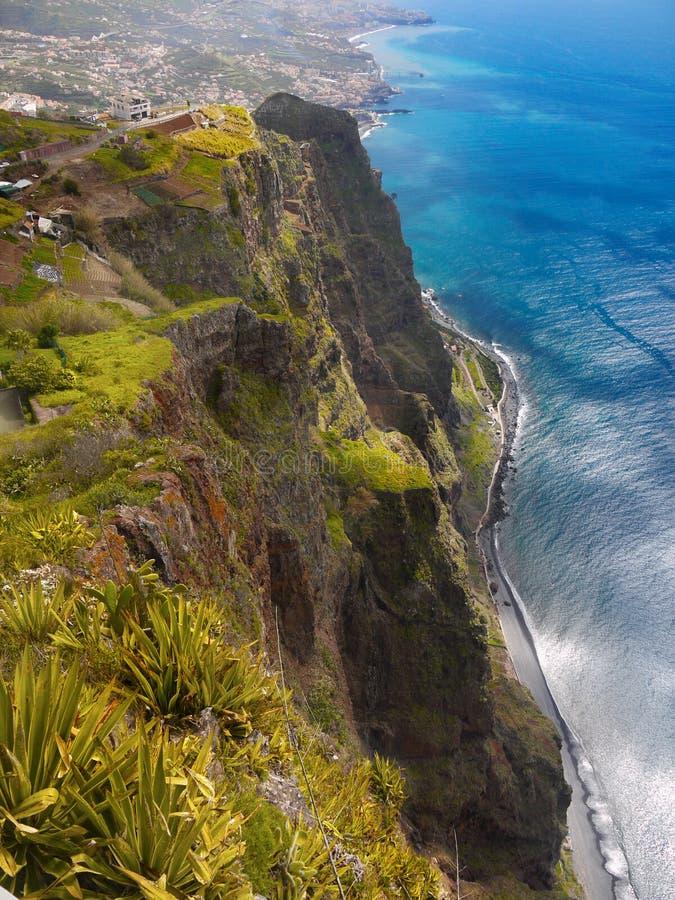 Penhasco de Cabo Girao, ilha de Madeira, Portugal fotografia de stock royalty free