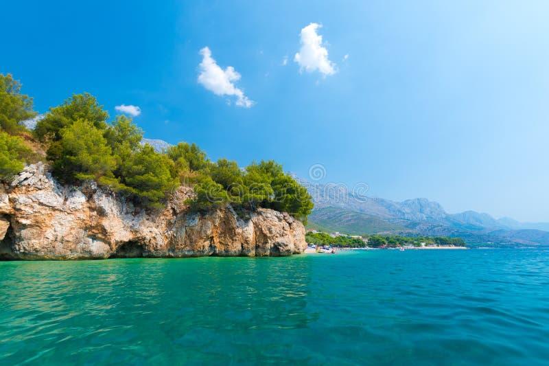 Penhasco do beira-mar na Croácia foto de stock royalty free