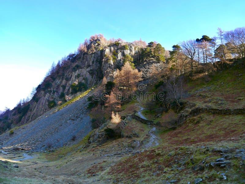 Penhasco do castelo perto de Rosthwaite, distrito do lago fotografia de stock royalty free