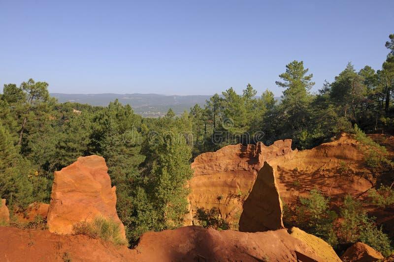 Penhascos de Roussillon no por do sol foto de stock royalty free