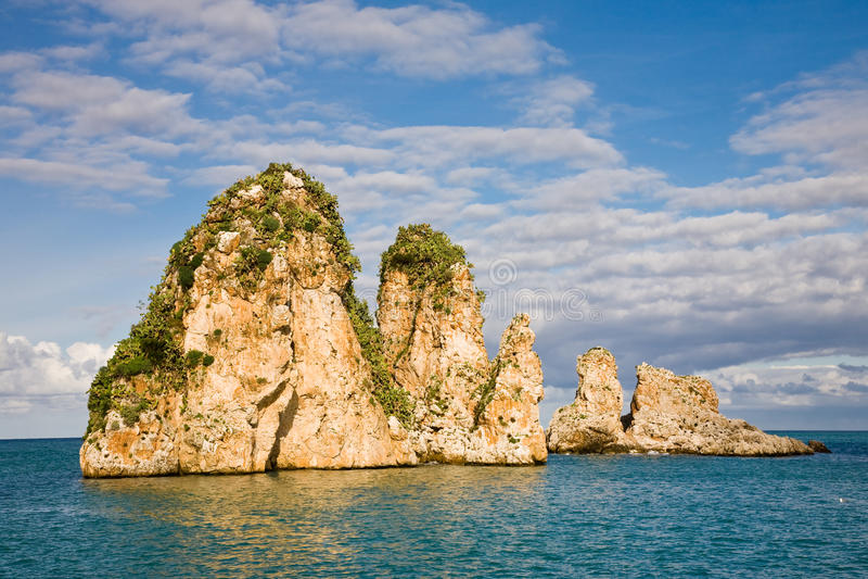 Penhascos em Scopello, Sicília, Italy fotos de stock royalty free
