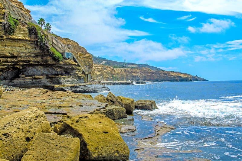 Penhascos San Diego do por do sol foto de stock